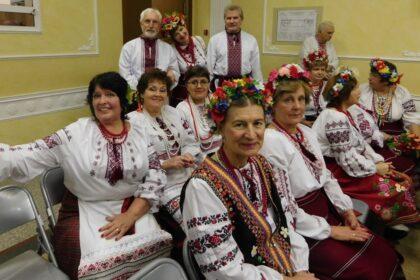 Фото украинцев в традиционных национальных костюмах