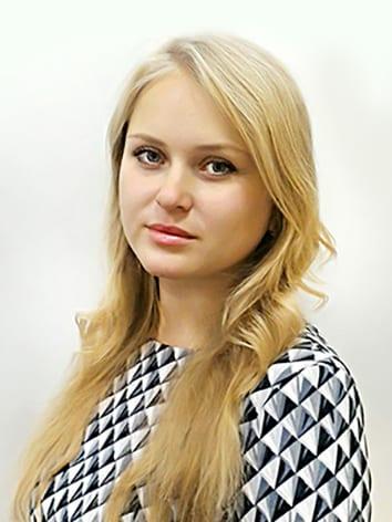 Фото руководителя художественно-офирмительского отдела Могучевой Елены Андреевны