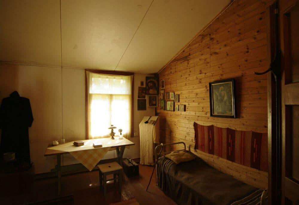 Фото расположения красного угла в доме