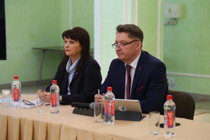 фото олег бекмеметьев Людмила Соковикова