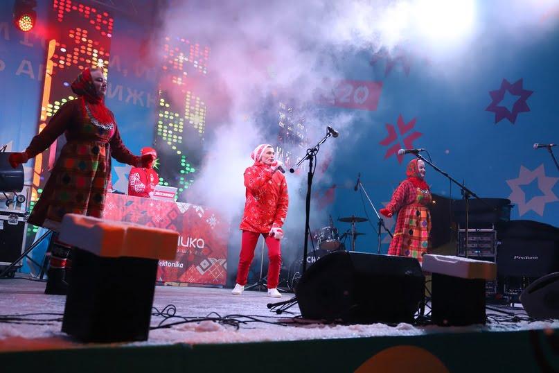 фото Петра Пушкина сцене дискотеки эктоника